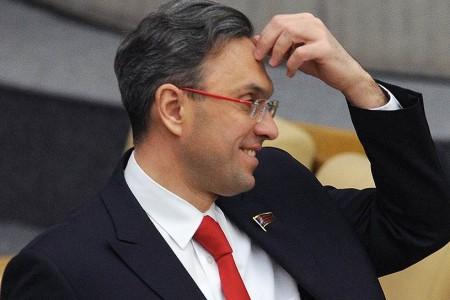 Государственная дума попросила закончить уголовное преследование экс-депутата Владимира Бессонова