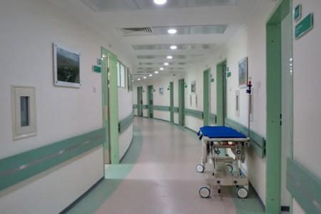 ВРостовеСК проверит сообщение озабытой втеле пациентки игле