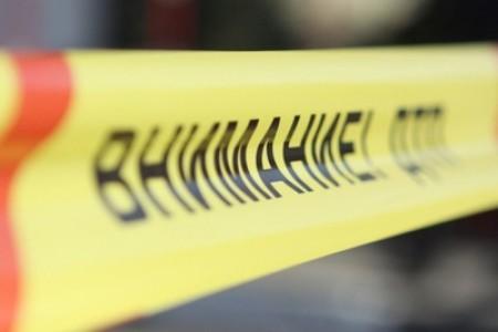 Грузовой автомобиль спеском перевернулся вРостовской области, два человека погибли