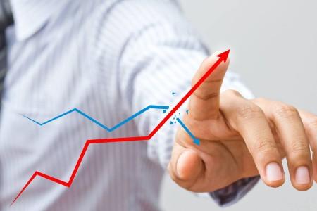 ВТБ понижает ставки порефинансированию кредитов остальных банков