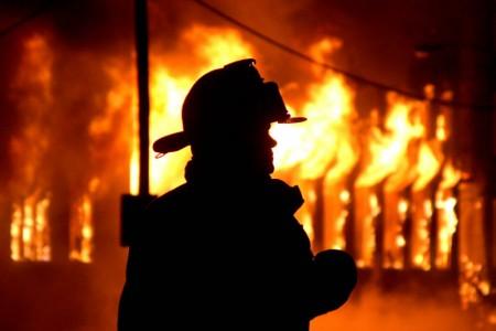 Ночью напожаре вРостове погибли два человека